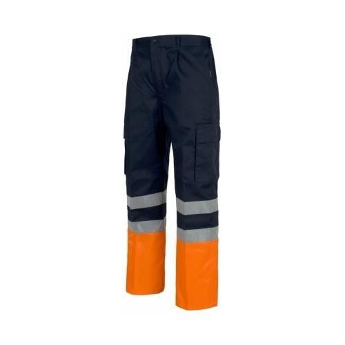 Pantalón multibolsillos.